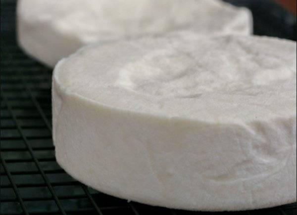 Как сделать сыр в домашних условиях из молока / творога, 3 рецепта