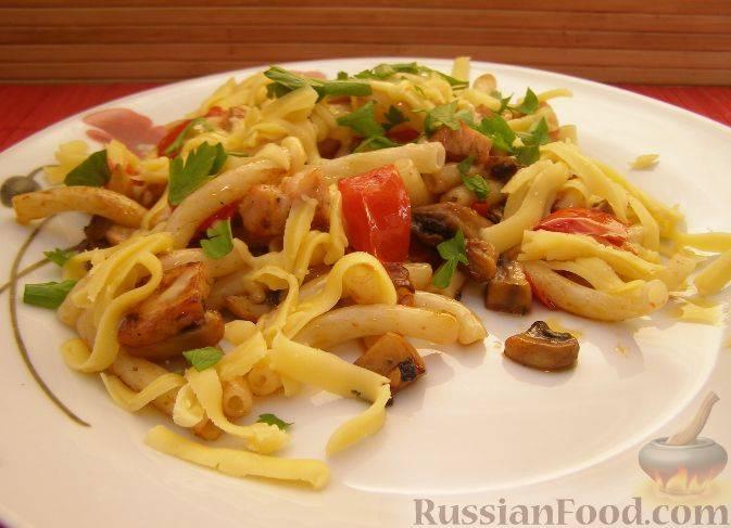Паста с ветчиной и грибами в сливочном соусе, рецепт | kukuzya.ru