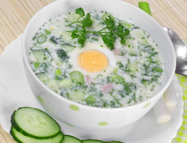 Летние блюда за 15 минут — холодные супы и напитки на айране