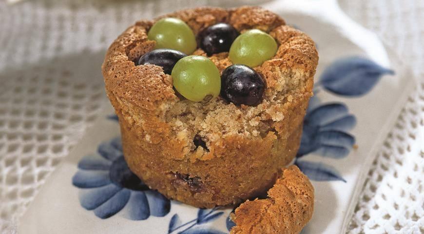 Кексы на кефире с яблочным джемом - 9 пошаговых фото в рецепте