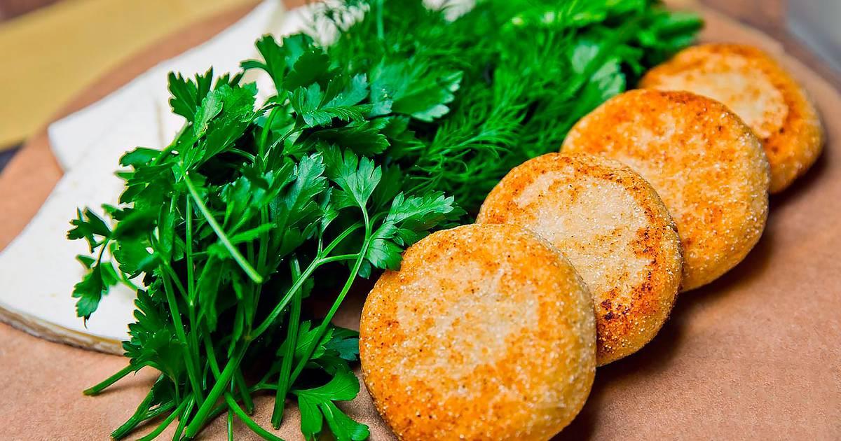 Мчади — лепешки из кукурузной муки
