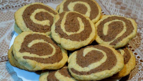 Двухцветное печенье