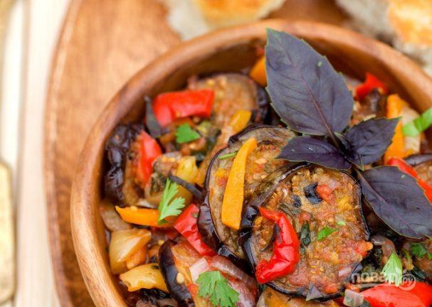 Рецепт овощного рагу с баклажанами