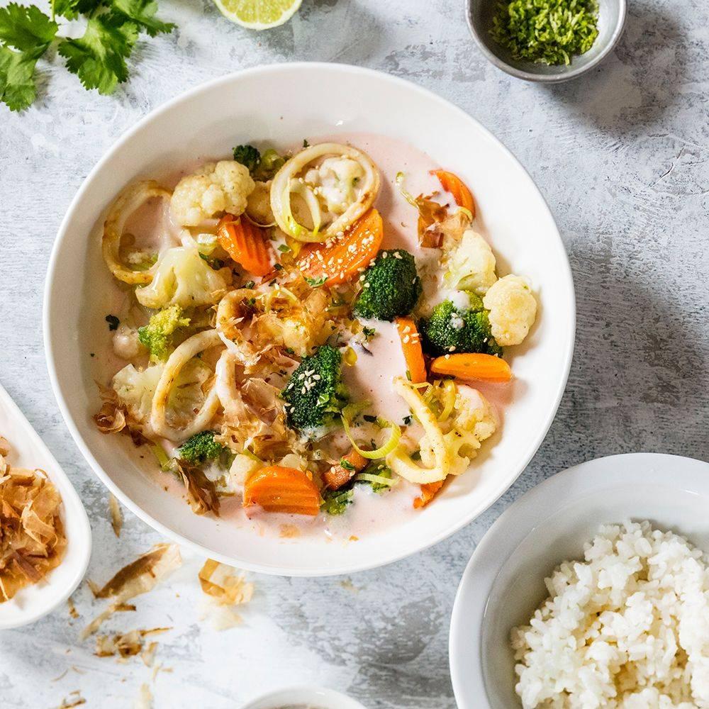 Жареные кальмары с луком – 6 очень вкусных рецептов приготовления