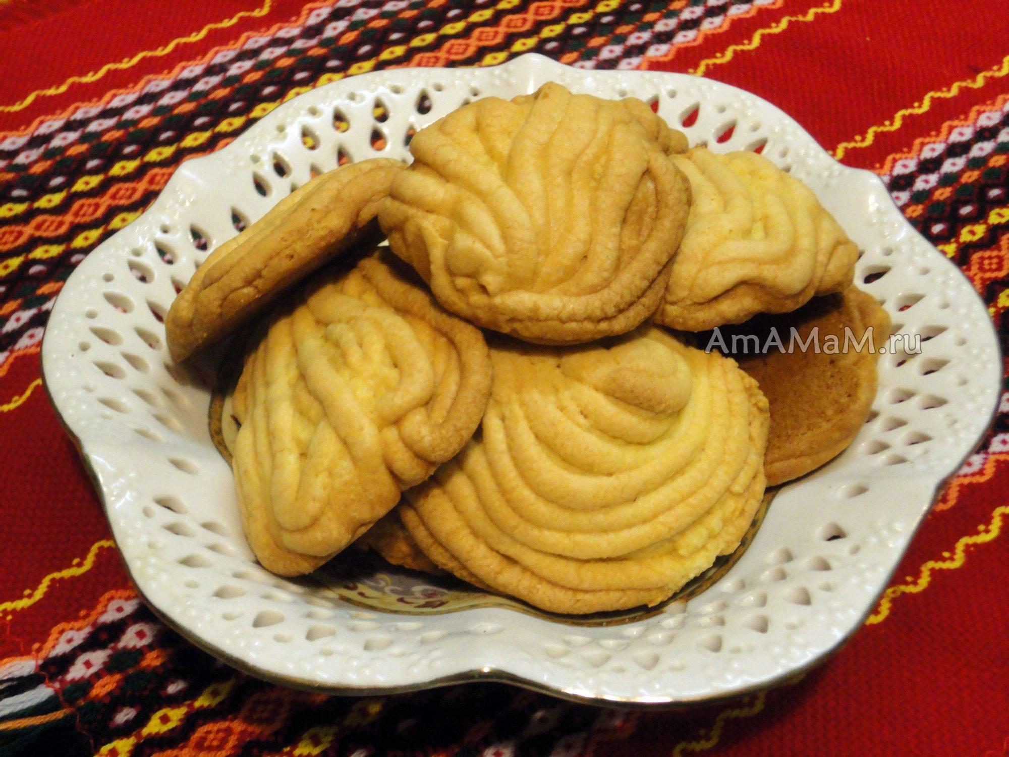 Печенье  «хризантема» через мясорубку