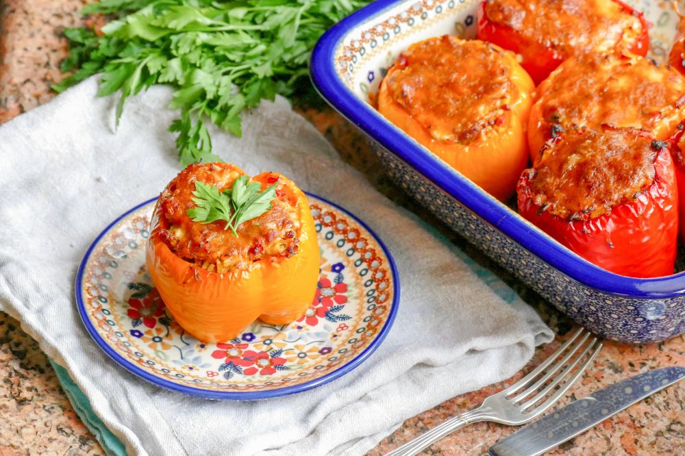 Удивительно вкусные фаршированные перцы - с сыром и беконом