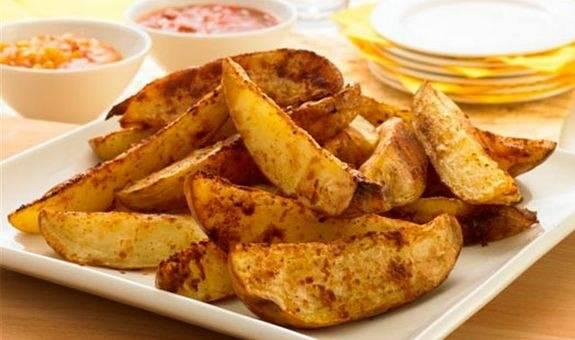 Картошка дольками с чесноком в духовке