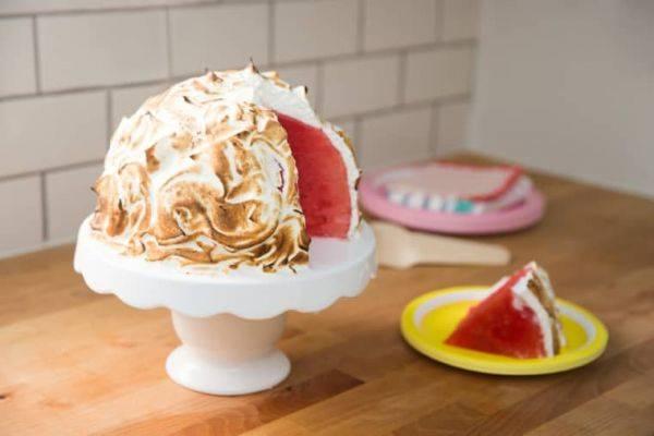 Арбузный торт – необычный десерт для всей семьи