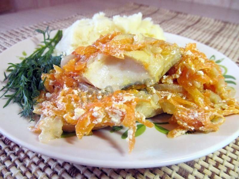 Минтай с морковью и луком: 45 домашних вкусных рецептов