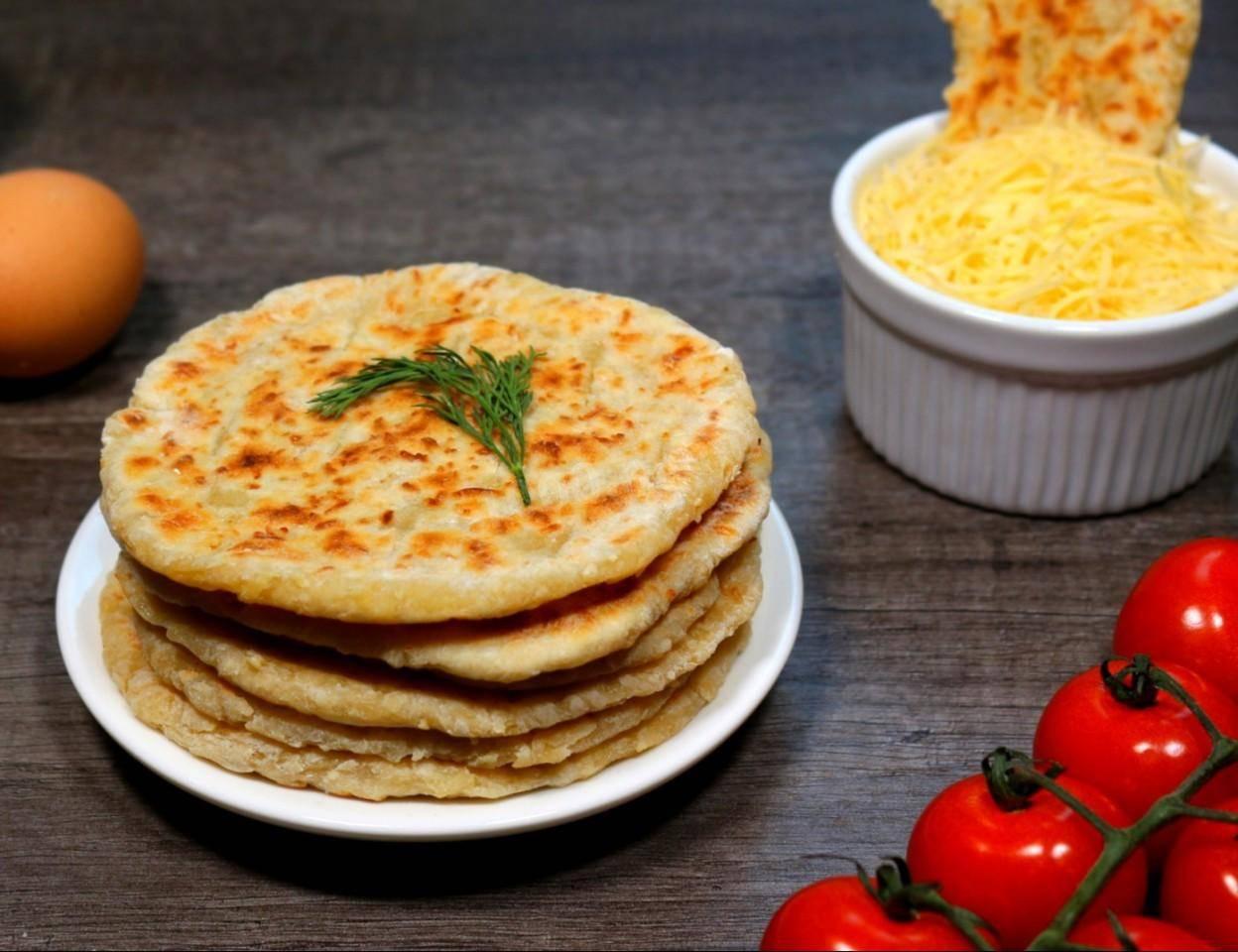 Сырные лепешки - рецепты н скорую руку на кефире, молоке, сметане