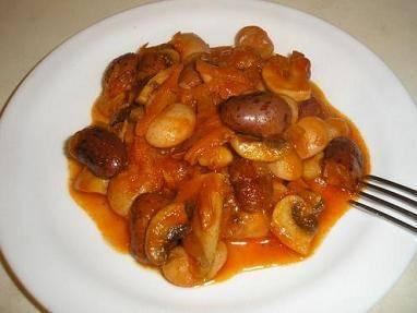 Тушеная фасоль с грибами