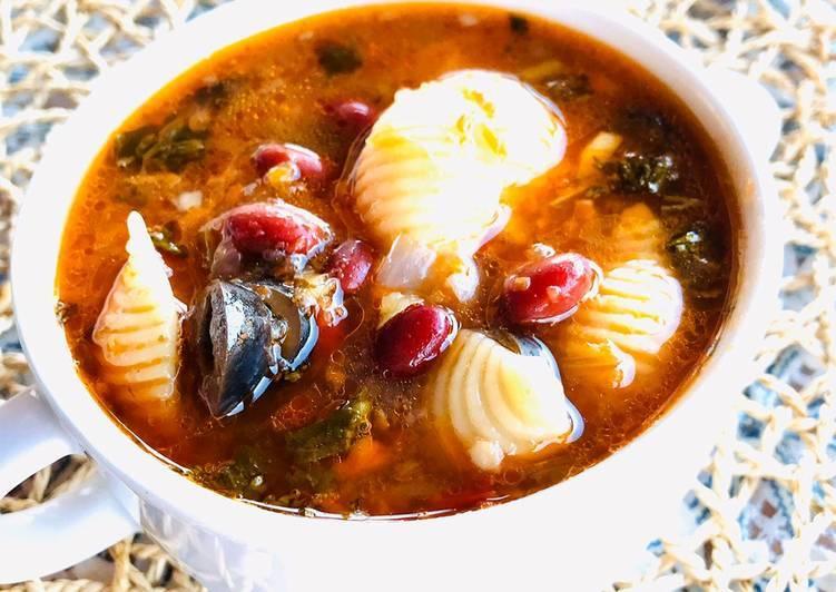 Итальянский суп спастой ифасолью