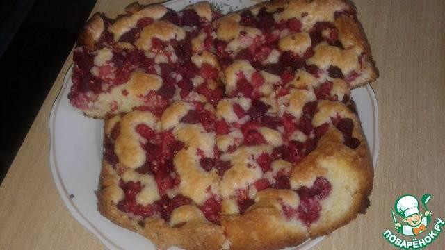 Хрустящий пирог с грушами и орехами
