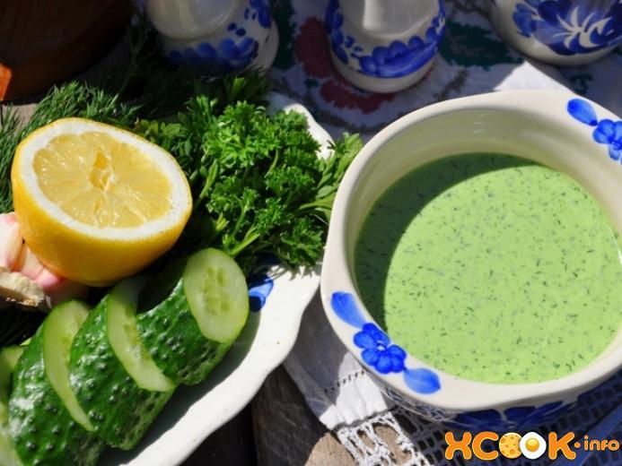 Вкусный холодный огуречный суп