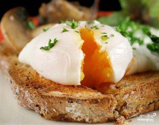Яйцо пашот в микроволновке - 9 пошаговых фото в рецепте