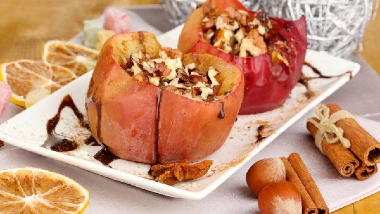 Яблоки, запеченные в мультиварке
