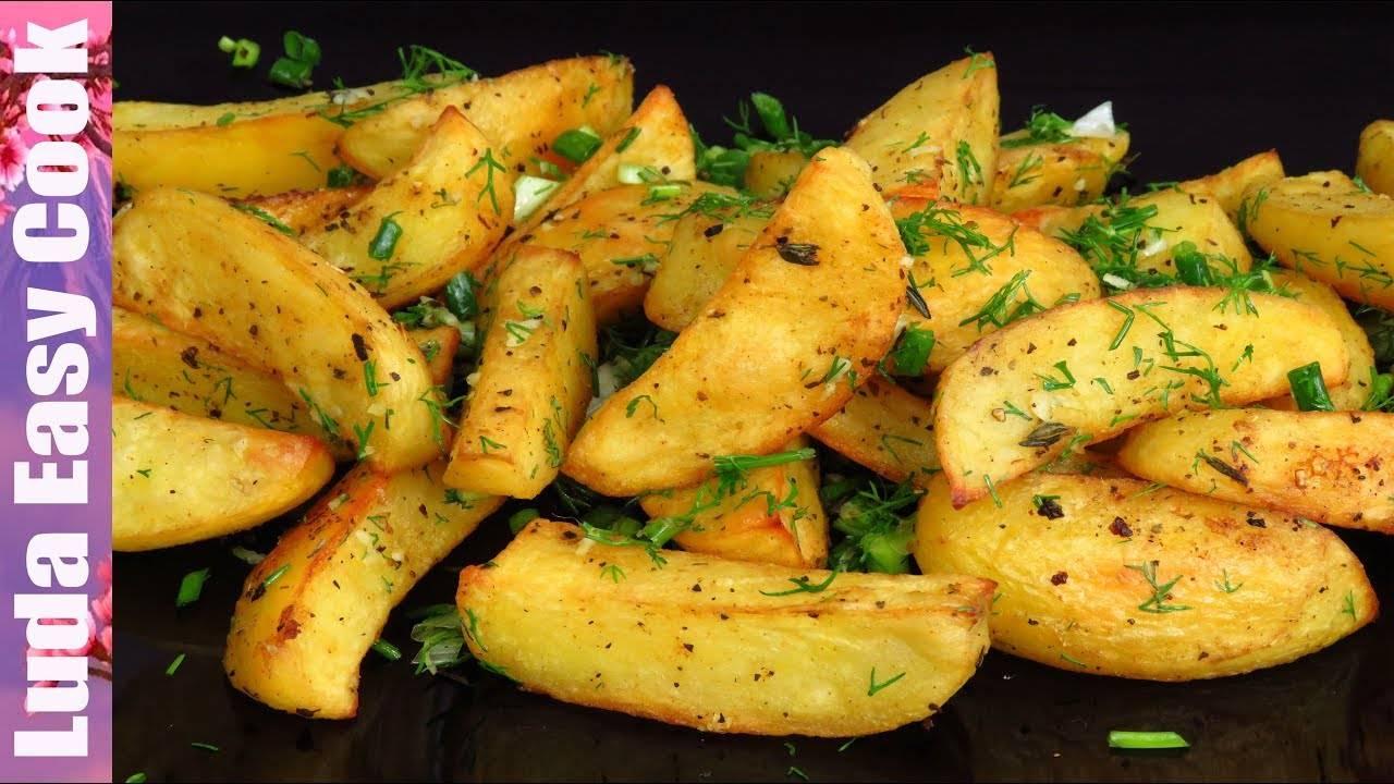 Как вкусно и быстро пожарить хрустящую картошку с грибами – секреты приготовления