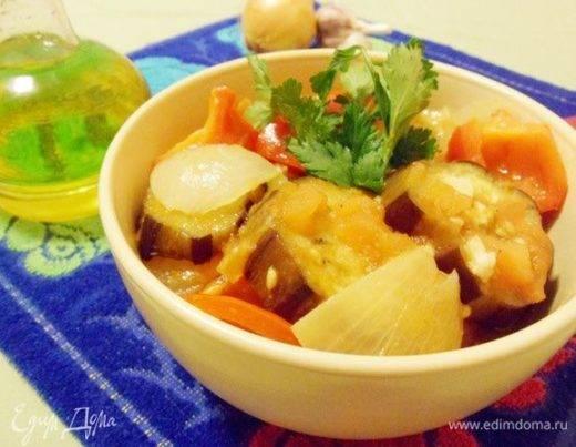 Фаршированные баклажаны в духовке с мясом, сыром, фаршем, морковью и чесноком