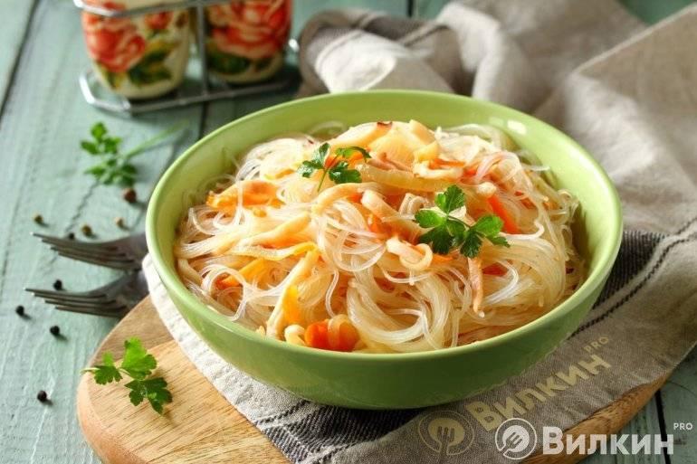 """Салат из кальмаров с овощами """"любимый"""""""