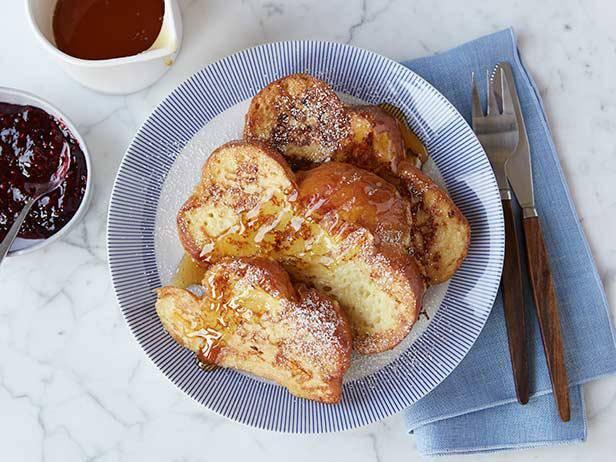 Сладкие французские тосты из белого хлеба