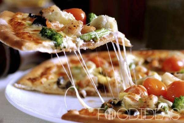 Тесто для пиццы и сама пицца