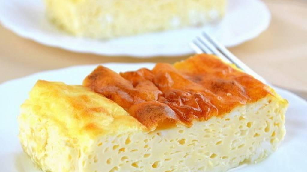Пышный омлет на молоке с брокколи и сыром