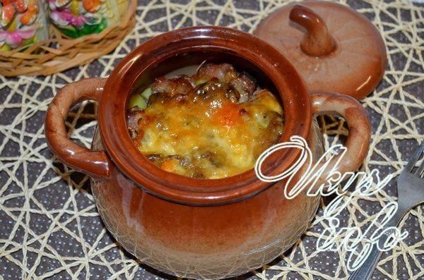 Ароматное жаркое с мясом и грибами