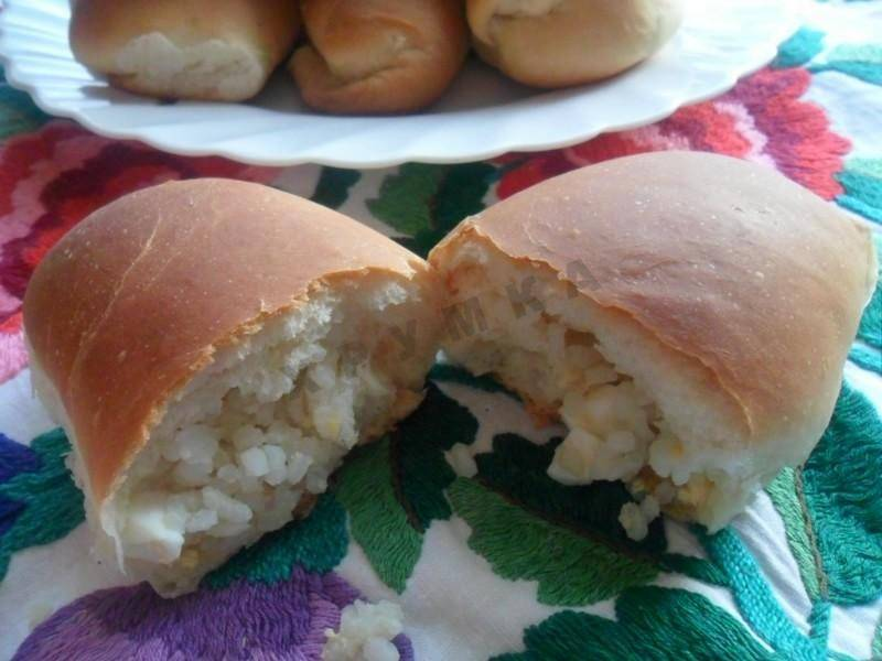 Пирожки с рисом и шампиньонами