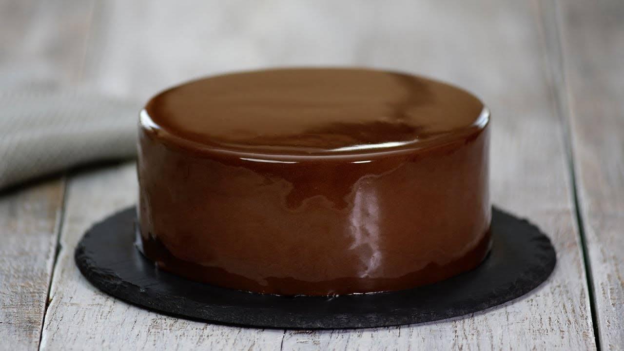 Как сделать глазурь из белого шоколада для тортов: рецепты шоколадной глазури с фото и видео