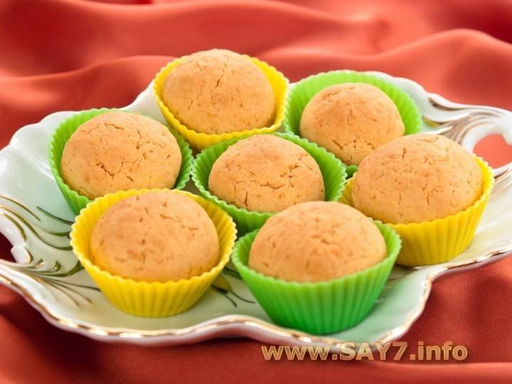 Кокосовое печенье – вкусное и очень ароматное лакомство по рецептам разного теста
