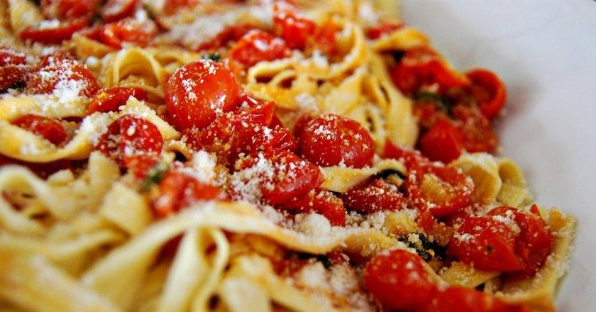 Паста с овощами - итальянские рецепты с курицей, креветками, говядиной и в сливочном соусе