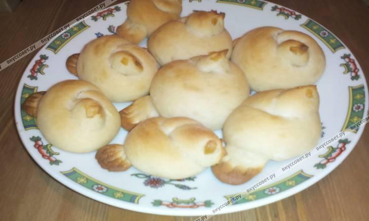 Постные булочки с сахаром и корицей