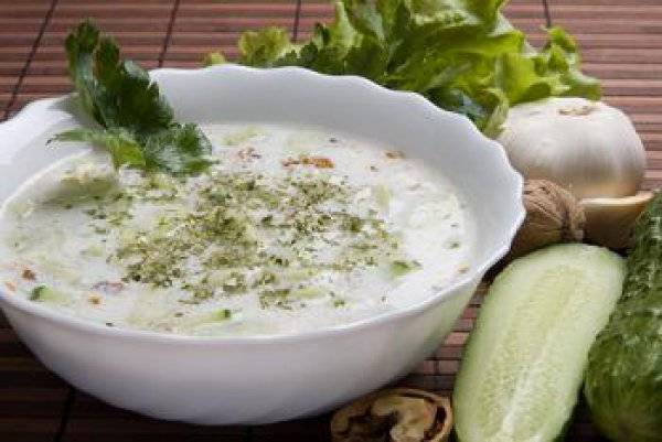 Огуречный суп - горячий, холодный на кефире, с гренками