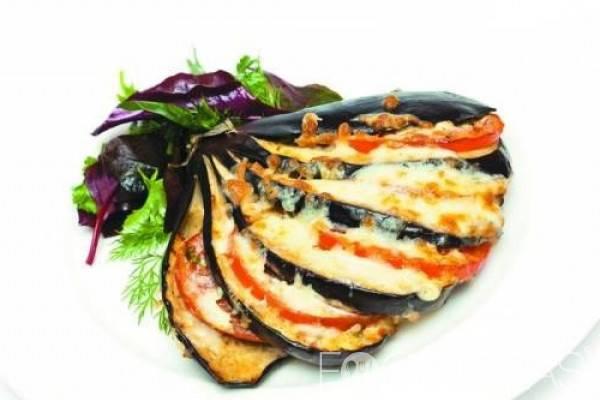 Баклажаны, жареные с помидорами