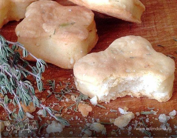 Сырный крекер