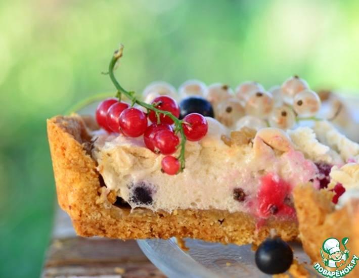 Самая простая и вкусная галета с ягодами на скорую руку