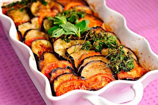 Баклажаны с помидорами запеченные с укропом - рецепты джуренко