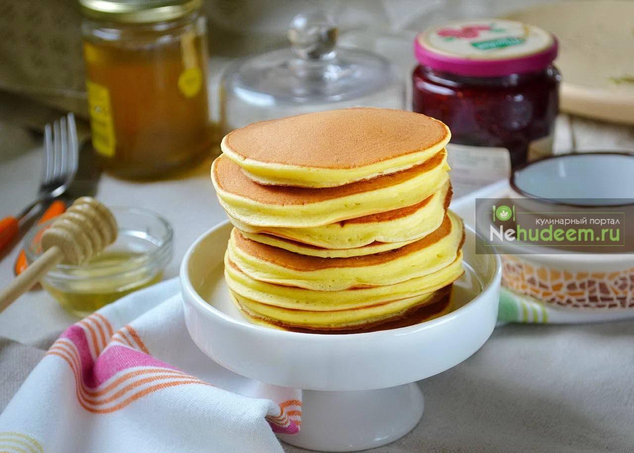 Панкейки американские. лучшие рецепты как приготовить классические на молоке, на кефире, банановые, тыквенные и шоколадные панкейки.