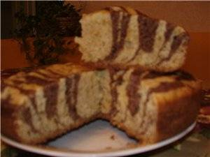 "Пирог ""зебра"" на сметане - 9 пошаговых фото в рецепте"