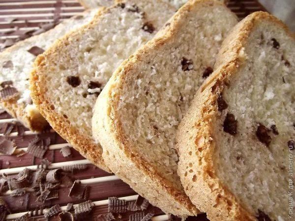 Хлеб с шоколадными шариками в хлебопечке