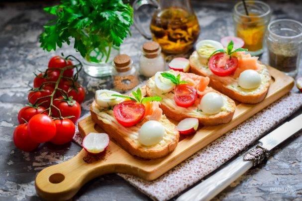 Рецепт помидоры, фаршированные зеленью и перепелиными яйцами, фаршированные помидоры