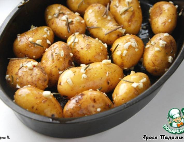 Язык запеченный: в духовке с картошкой