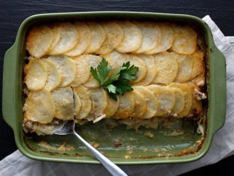 Картофельная запеканка с мясом в духовке  как приготовить дома