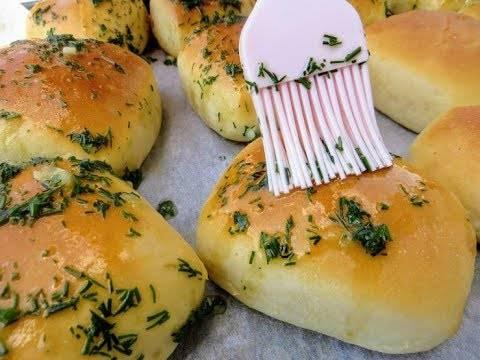Как приготовить чесночные булочки по пошаговому рецепту