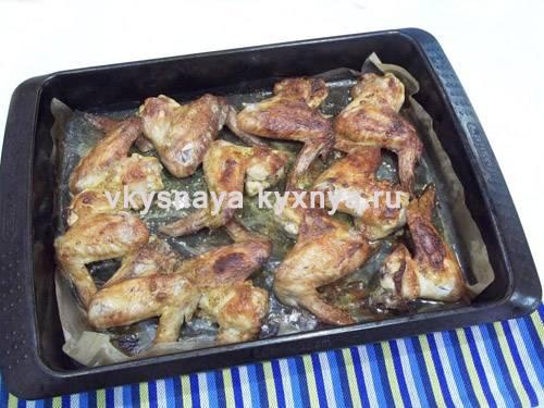 Крылышки в медовом соусе — лучшие рецепты вкусного и пикантного блюда
