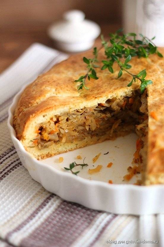 Кулебяка с капустой (russian cabbage pie «coulibiac»)
