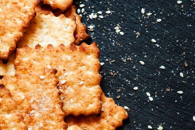 Овсяно-сырные крекеры | страна мастеров