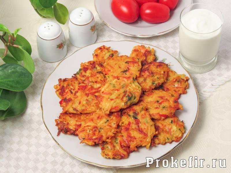 Картофельные драники с колбасой. пошаговый рецепт с фото