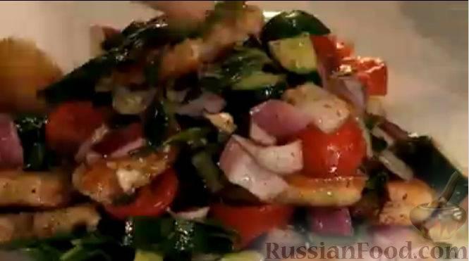 Готовим после работы: 3 вкусных салата за 20 минут