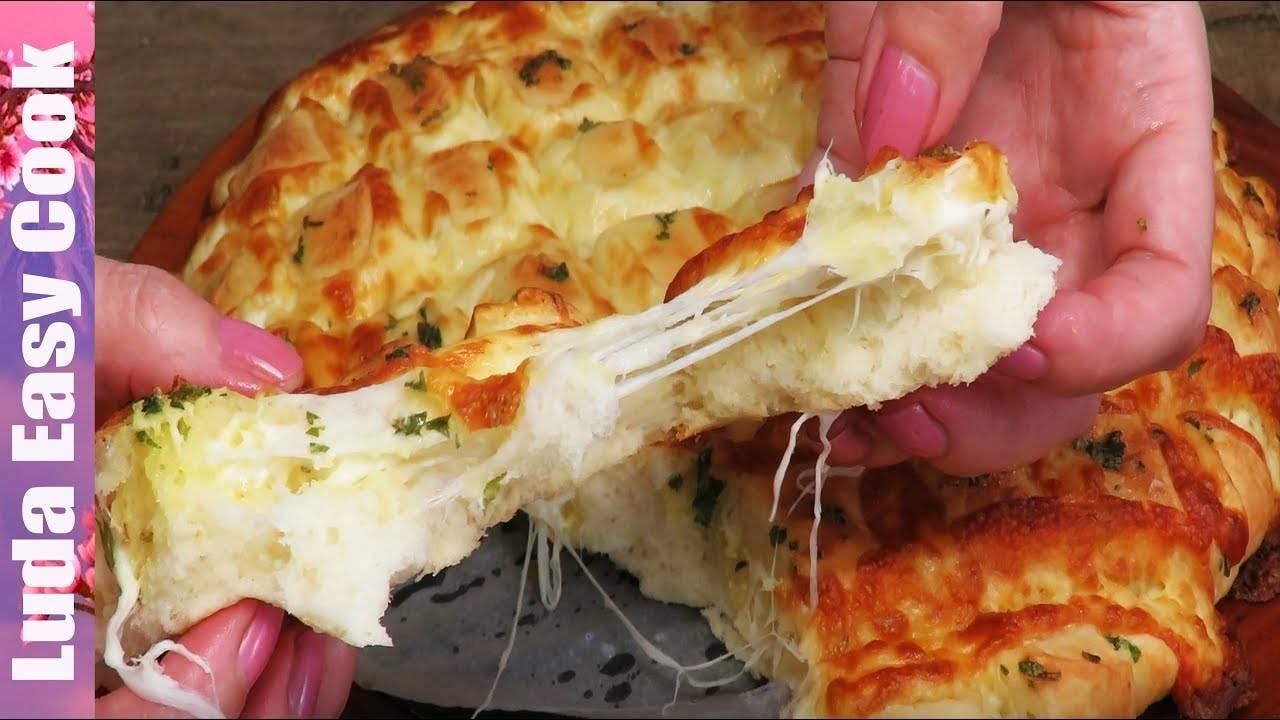 Быстрый хлеб с сыром и чесноком